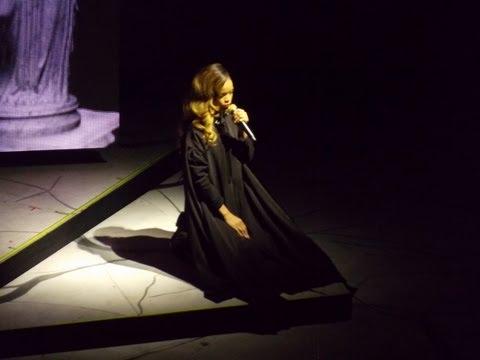 Rihanna - Mother Mary - DVD The Diamonds World Tour Live At Buffalo (HD)
