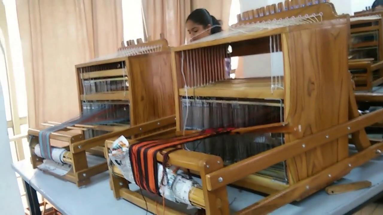 Handloom machine