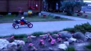 Самодельный детский электромобиль из шуруповерта двухместный