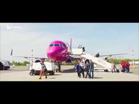 Be a pilot! A success story of the Wizz Air Pilot Julija. Airbus A320