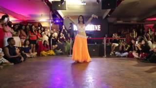 Mehar Malik Hot Dance Video on affreen aafreen