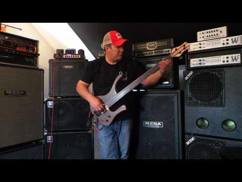 HD- MG Fretless - Prize Bass Demo - Andy Irvine