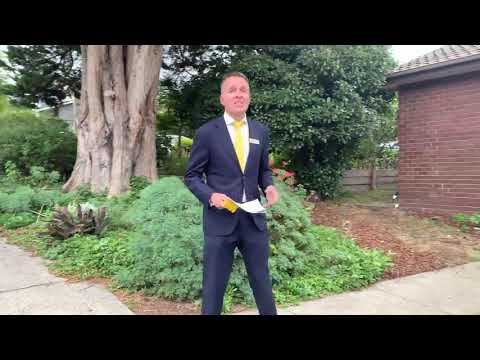Live Auction @ 1/6-8 Queens Parade, Ashwood, Vic 3147