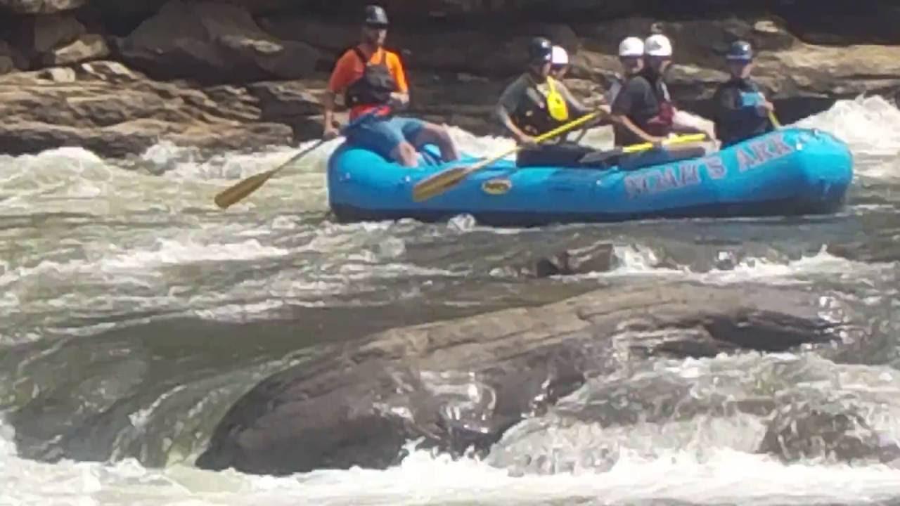 Raft Stuck, Gauley river, Sweets Falls Gauley 2016, 9-17-2016
