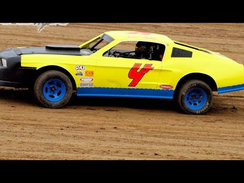 Pure stock heat at dog hollow Speedway