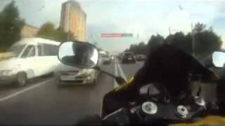 Скорость на мотоцикле ! Дьявол на дорогах Москвы