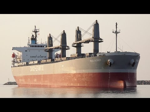 Bulk carrier ship RED JACKET collision at Port of Alexandroupolis/Greece [4K]