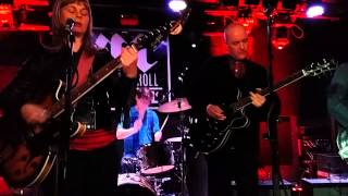 The Vaselines - Son of a gun - Live in Washington 14/1/15.