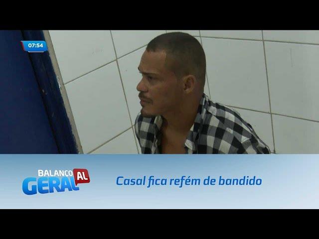 Casal fica refém de bandido no Eustáquio Gomes