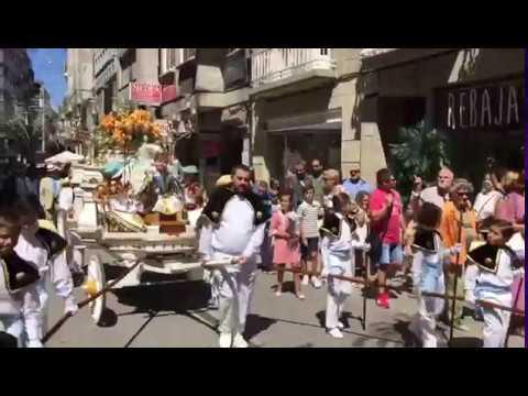 Desfile e animación nas rúas da Boa Vila no arranque da Peregrina
