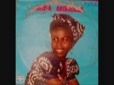 """Akofa Akoussah ~ """"I Tcho Tchass"""""""