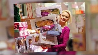 Holly Madison Shops At Disney Store with Daughter Rainbow Aurora | Splash News TV | Splash News TV