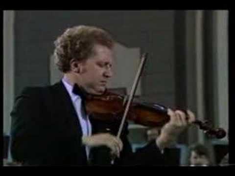 Brahms: violin concerto in D 1stMt -- Oleg Kagan- Part1
