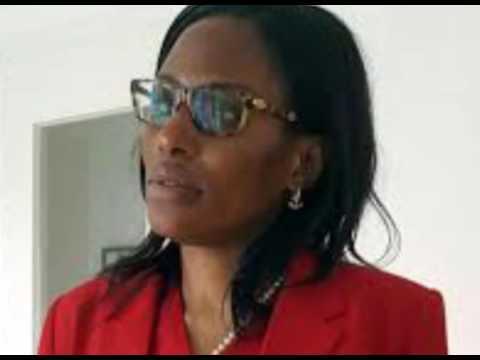 Monique Mukuna répond à la radio Deutsche Welle à Berlin, sur la situation de la RDC