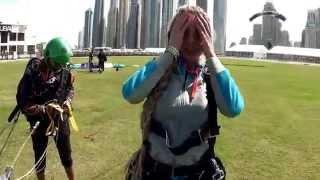 видео Как прыгнуть с парашютом в Дубае