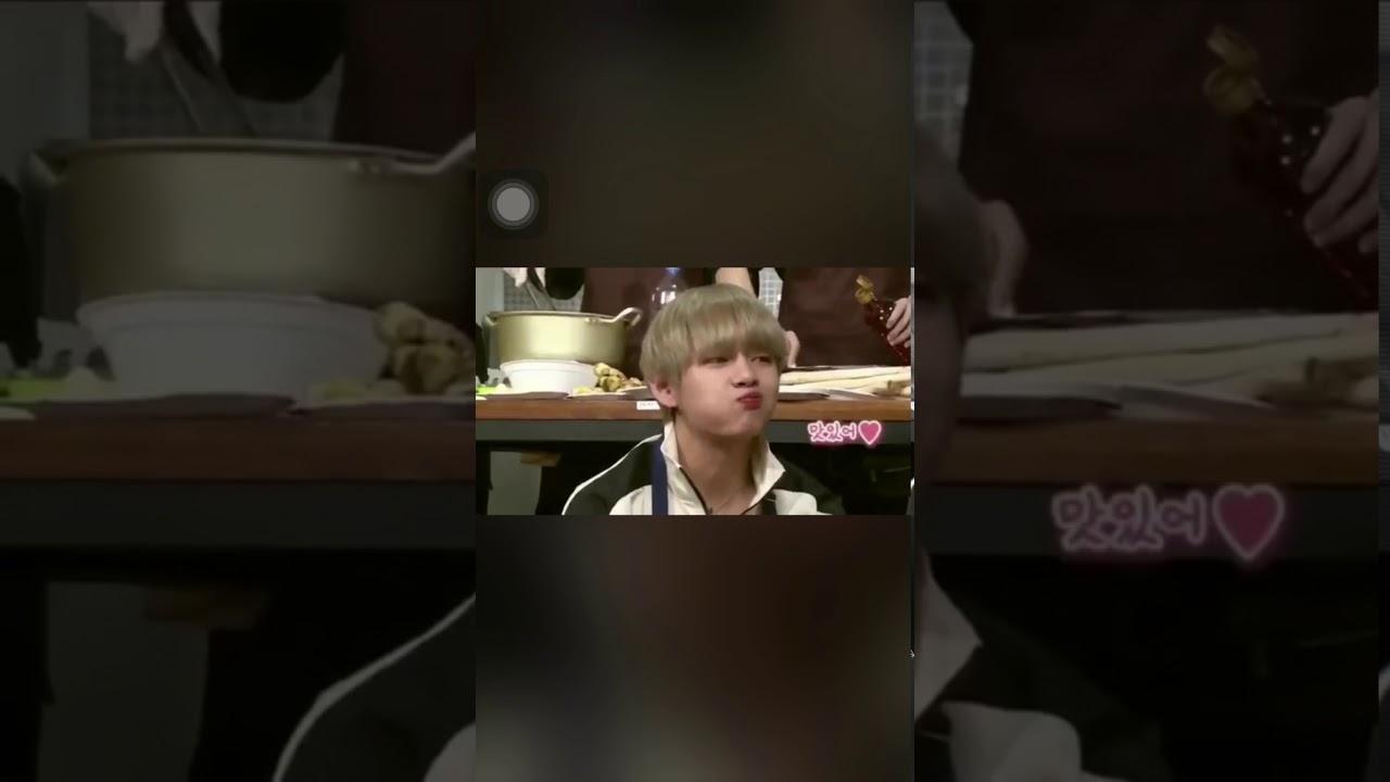 Taehyung eating kimchi in Run! BTS Episode 35 | Maria Soonja