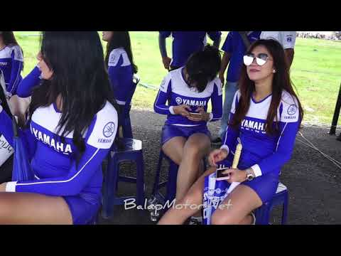 Umbrella Girls Di Yamaha Cup Race Medan 2018