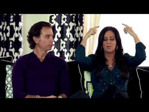 Are You Unapproachable at The Gym? - The Millionaire Matchmaker Love Report Episode 16