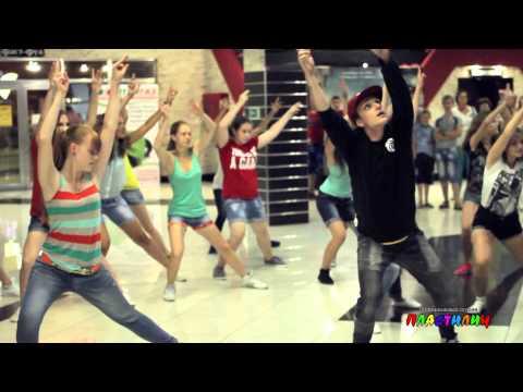 Видео: Флеш-моб танцевальной студии ПЛАСТИЛИН. Презентация фильма Шаг вперед 5 все или ничего