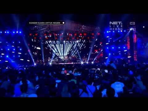 Konser Iwan Fals Ft. Andra and The Backbone di NET TV - Hitamku