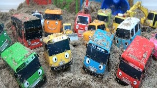 Tayo the Little Bus with Friends Sand Rescue Mission / Colors Learn