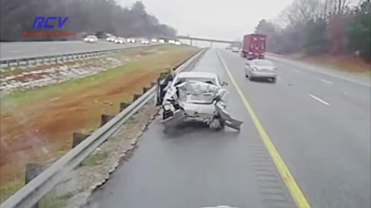Resultado de imagen de Car Driver Brake Checks A Semi And Pays The Price