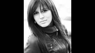 Elvira T-More