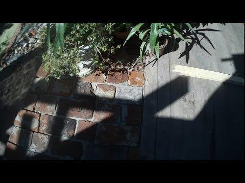 Тротуарная плитка или как  сделать двор из старого кирпича ?