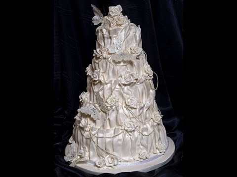 Learn to decorate a vintage wedding cakes - YouTube