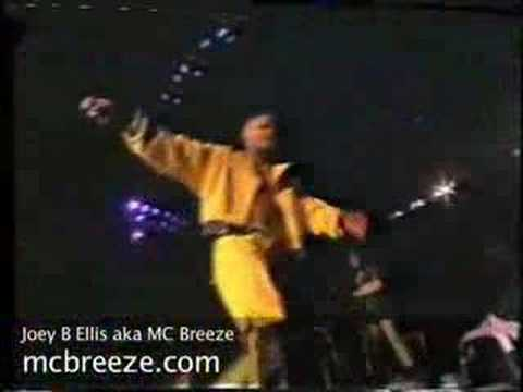Joey B Ellis singing Go for it live at Wembley arena w Tynetta Hare
