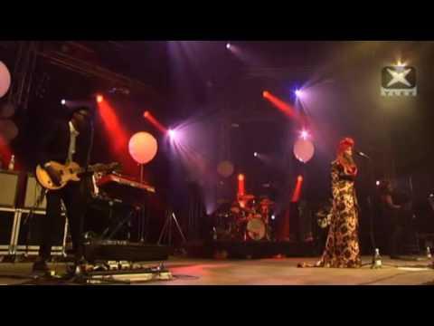 Paloma Faith - Broken Doll live in Finland