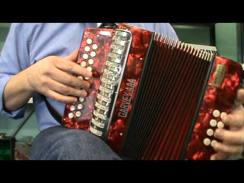 BEGINNER  ACCORDION  [ BUTTON ].MPG
