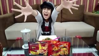 SALSABILA review makan MIE GORILLA guys...pedes !!!