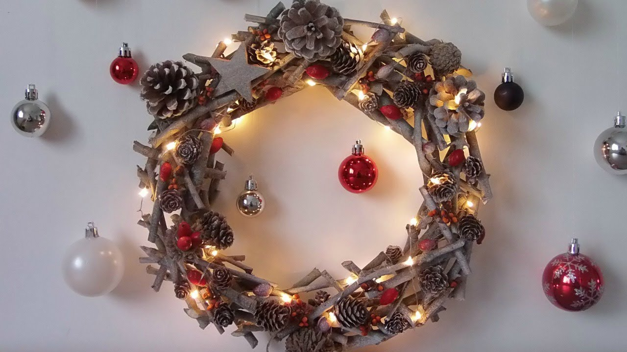 Christmas decoration easily make a christmas wreath youtube for Fabrication de decoration de noel