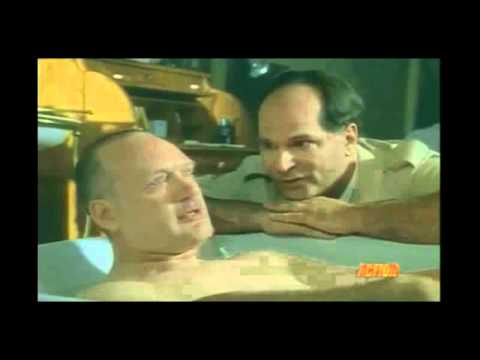 FOREVER KNIGHT: Schanke bathes LaCroix - (Nigel Bennett & John Kapelos) streaming vf