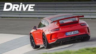 Back to school: Porsche Sport Driving School [English subs]