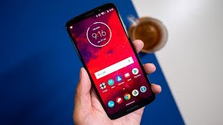 Moto Z3 Review: The Bleeding Edge Paradox