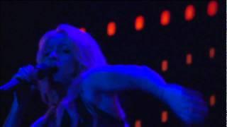 Shakira Trailer Las De La Intuicion En Vivo Desde Paris
