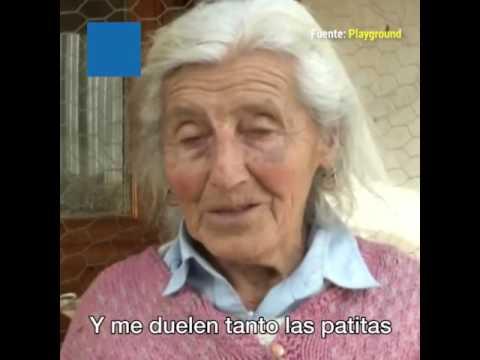 Abuela de 90 años recorre 30 kms diarios en bicicleta para vender sus productos