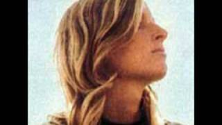 Watch Linda Mccartney The White Coated Man video