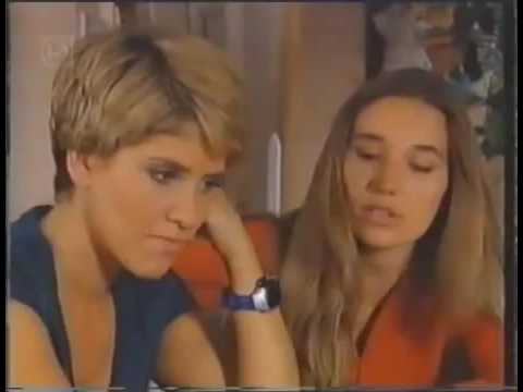 Holly's Lesbian Romance With Suzi From Family Affairs