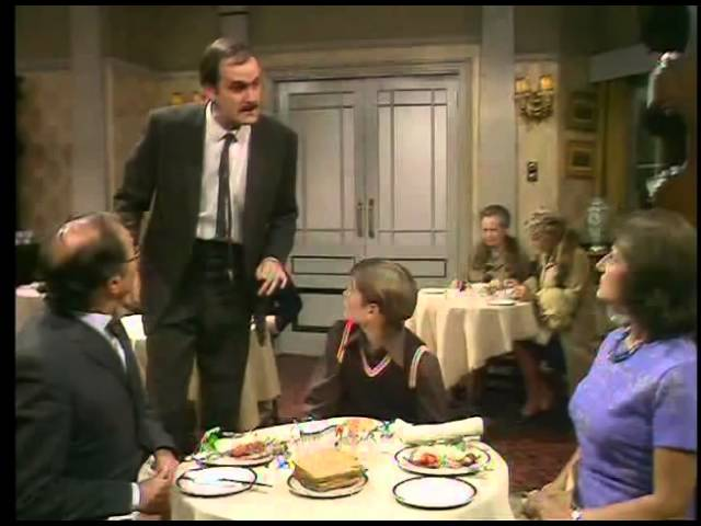 Fawlty Towers, Bad customer service (ESL annotations)