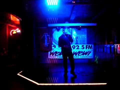 "Country USA Oshkosh Singing karaoke finals ""My Maria"" Brooks & Dunn 6-11-10 Mineshaft, Hartford, WI"