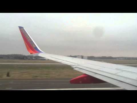 Boeing 737-700 takeoff from Memphis