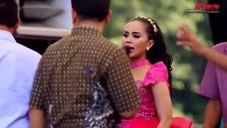 JURAGAN EMPANG - Dwi Ratna New Pallapa Live TEGAL 2017