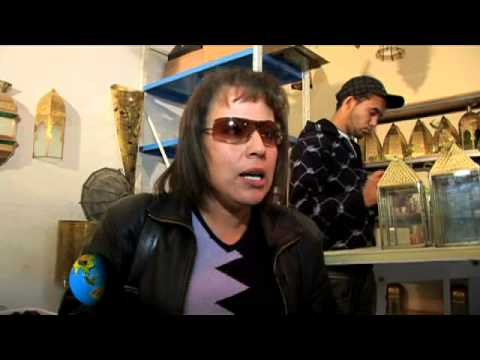GlobeTrotter Jon Haggins TV in Denden Handicrafts and Roman Amphitheatre in Tunisia