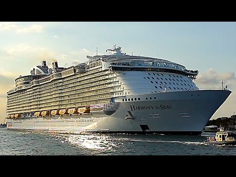 {TrueSound}™ World's Largest Cruise Ship! DEEP Horn, Harmony Of The Seas Departing Port Everglades