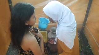 Repeat youtube video TRADISI CIREBON 7 BULAN WANITA HAMIL PERTAMA _ SETU KIDUL_MUNDU