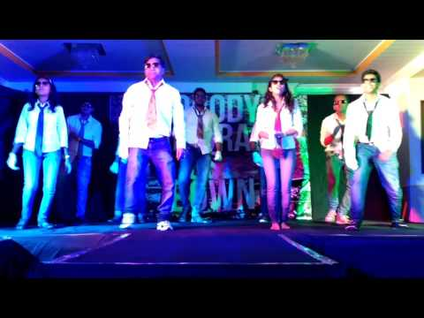 wns funniest dance by IT team