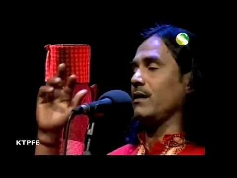 Siraj Uddin:  Mone Jare Chai Amar Re.